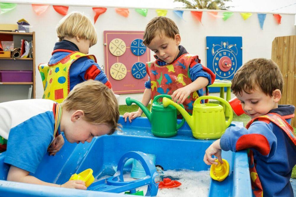 Najlepsze zajęcia dla dzieci w Krakowie- LITTLE AMERICA Center