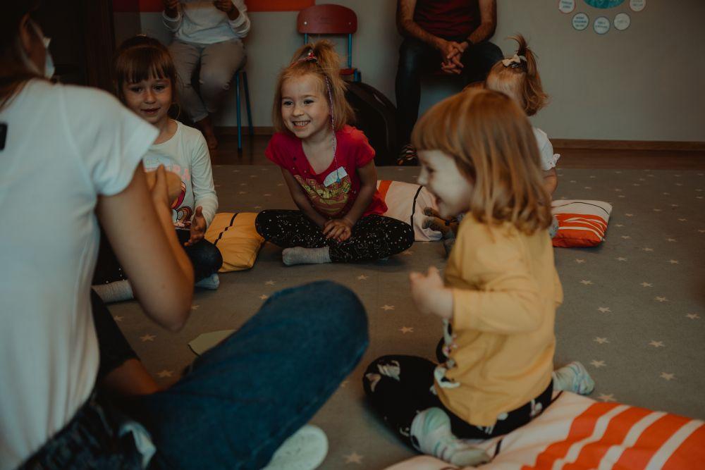 Angielski dla dzieci z robotem Emys
