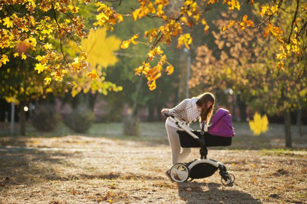 Mama wychodzi z domu. Jak przetrwać, czego wymagać i na co wpływać w przestrzeni, która nas otacza