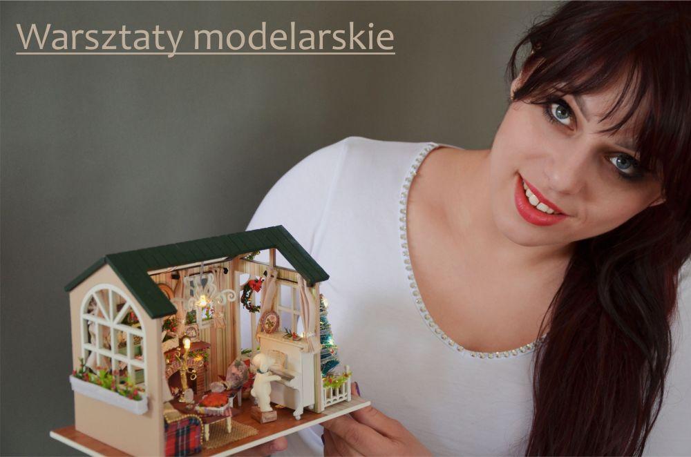 Warsztaty z modelarstwa miniaturowych domków.