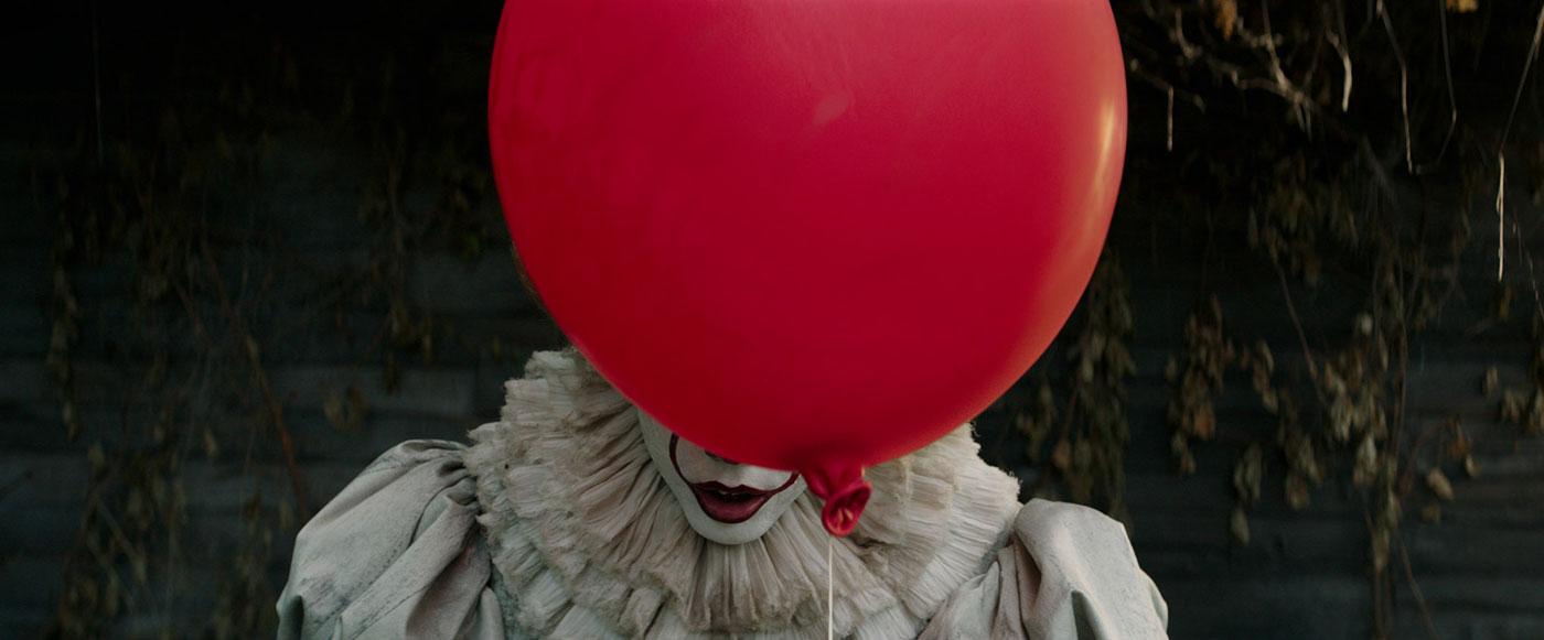 "Recenzja filmu ""TO"" - horror oparty na bestsellerowej książce Stephena Kinga"