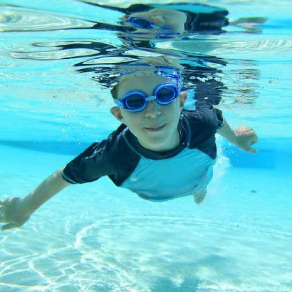 Wakacyjne kursy pływania z ChlorekSwim w Fabryce Formy w galerii Posnania