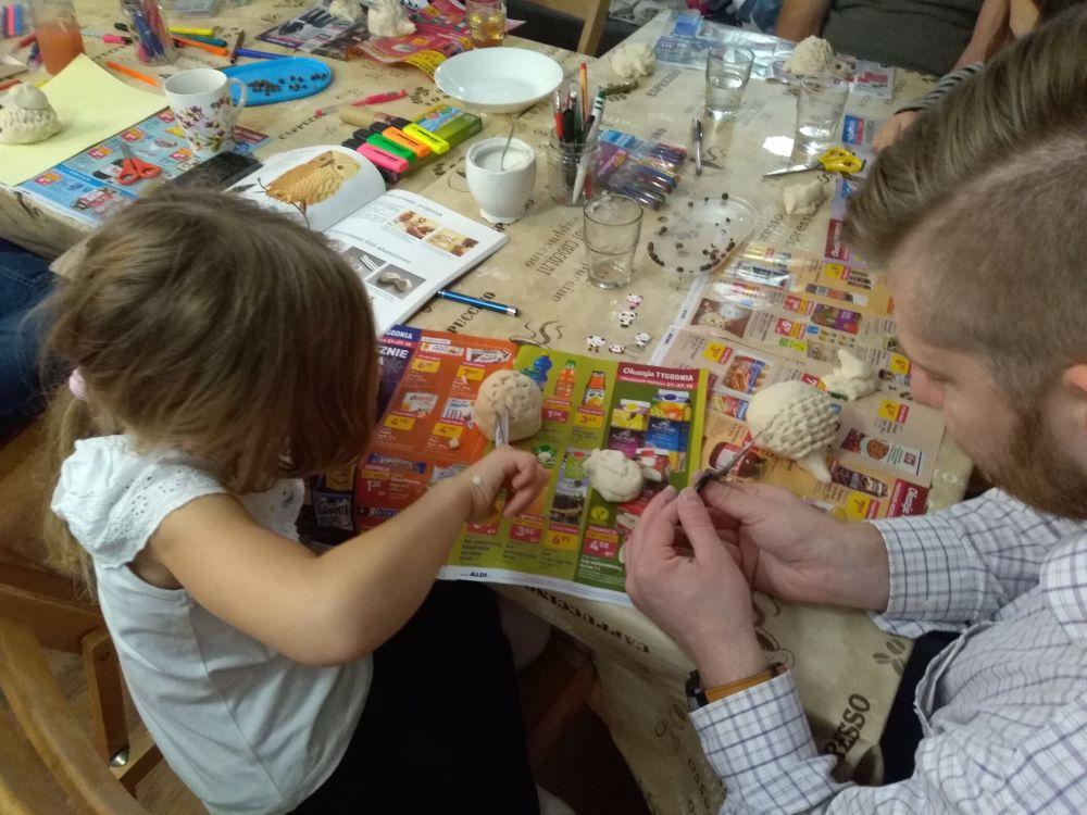 Warsztaty dla Taty i Córki  oraz Mamy i Syna o tematyce Artyści